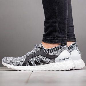 "Women's Adidas Ultra Boost X ""Oreo"" size 7"